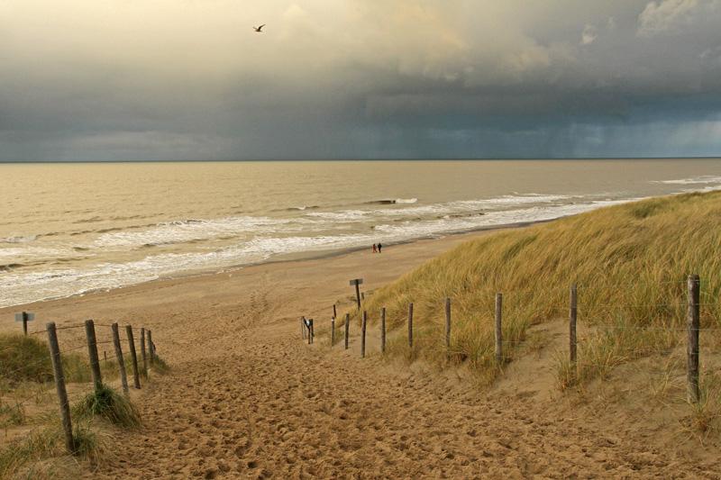 Berkheide Slag 4 De Ruyter strand zee regenbui