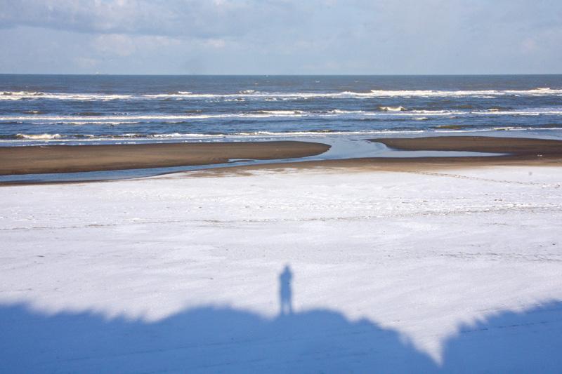 Berkheide strand sneeuw winter
