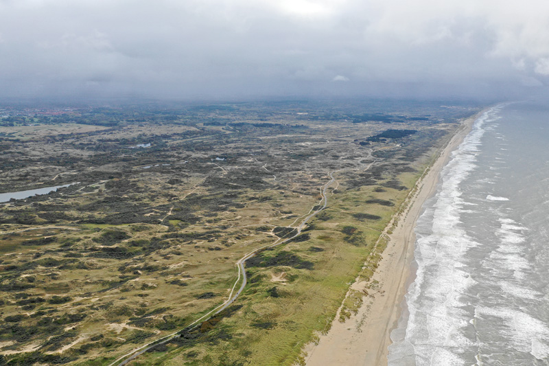 Berkheide strand drone luchtfoto kust